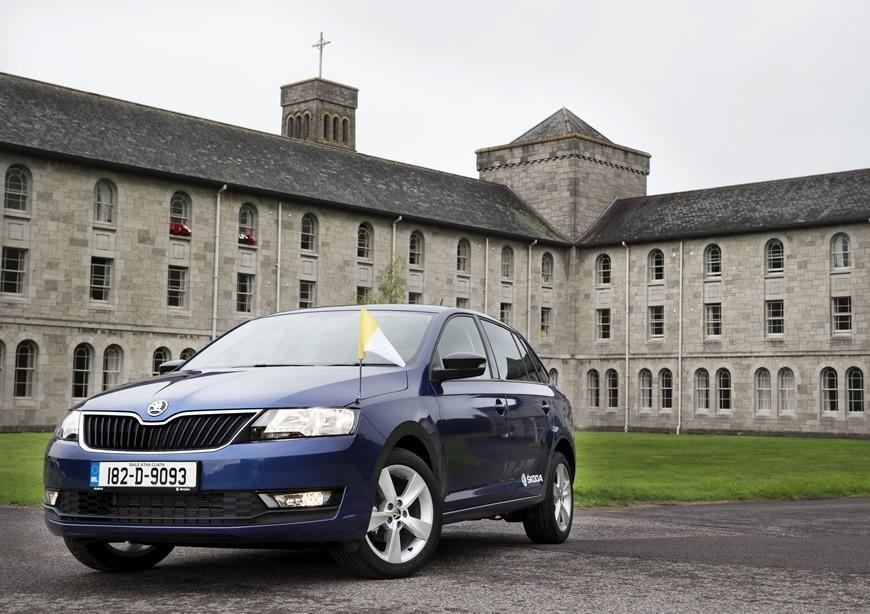 Popes ŠKODA donated to Foyle Search and Rescue